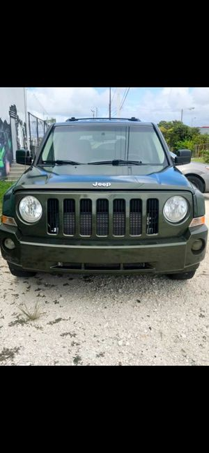 2008 Jeep Patriot excellent condition. for Sale in Miami, FL