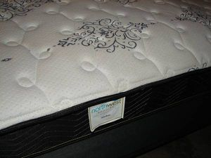 Newer Complete Twin Bed NW Bedding Mattress Boxspring and Metal Frame for Sale in Mill Creek, WA
