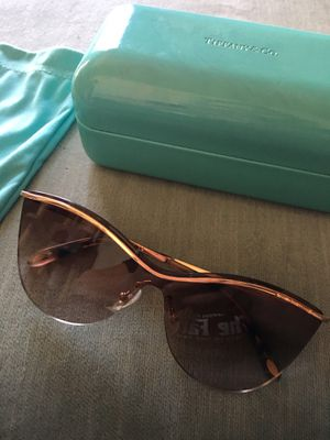 Tiffany Sunglasses Brown and Gold for Sale in Phoenix, AZ