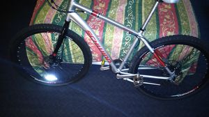Schwinn, dual disc break mountain bike for Sale in Wood Village, OR