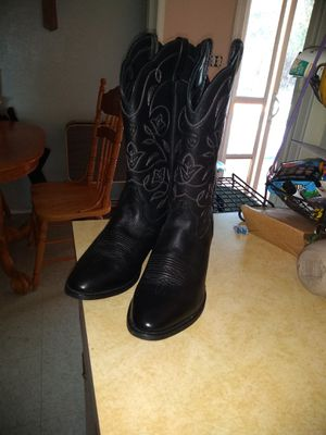 Women's Ariat boots size 10 for Sale in Fresno, CA
