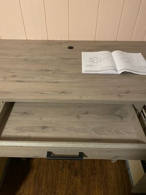 Computer or office desk for Sale in Portland, OR