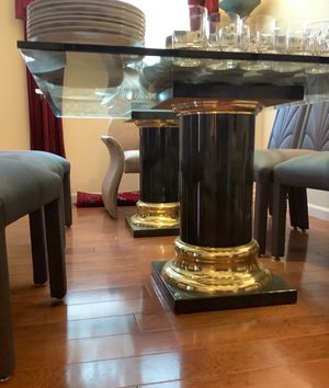 Luxury Matching Dining Table and buffet for Sale in Tracy, CA