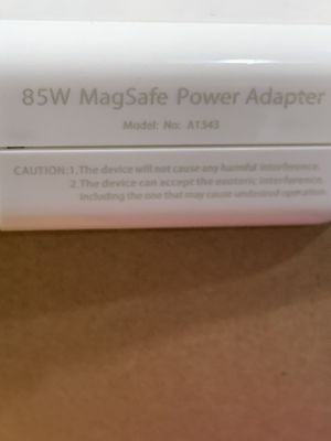 MacBook Pro power charger! 85W. New. MagSafe1 Type for Sale in Cypress, CA
