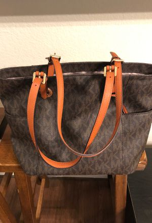 Michael Kors purse for Sale in San Antonio, TX