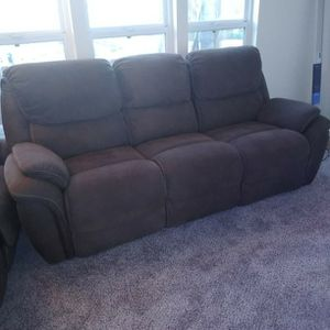 Chocolate Brown Reclining Couch And Loveseat for Sale in El Cajon, CA