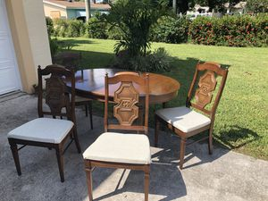 Dining table and chairs for Sale in Lake Worth, FL