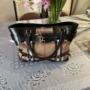 Real Burberry Bag for Sale in Los Angeles, CA