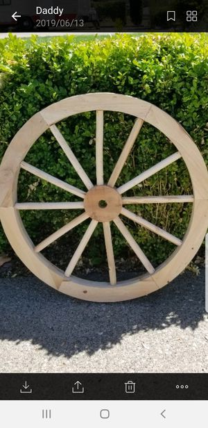 "CEDAR decorations wood wagon wheels 24"" new! for Sale in Tacoma, WA"