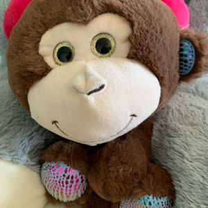 Monkey stuffed animal for Sale in Chino, CA