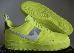 NIKE AIR FORCE 1 07 LV8 UTILITY VOLT-WHITE-BLACK-WOLF GREY SZ 7 MEN for Sale in Naples, FL