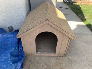 Large Dog House for Sale in Elk Grove, CA