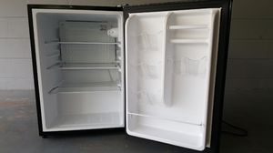 26 cu ft mini fridge for Sale in Lakeland, FL