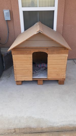 Very strong dog house for Sale in Cathedral City, CA