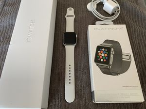Apple Watch Series 4 - 40mm Silver Aluminum for Sale in Garden Grove, CA