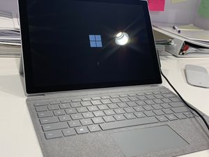 Surface Pro 5: looking for cash or trade for macbook for Sale in Woodbridge, VA