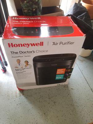 Honeywell Air Purifier for Sale in Fontana, CA