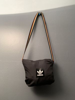 Adidas Rare Pouch/Jacket for Sale in Centreville, VA
