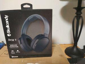 Skull candy wireless headphones still in box for Sale in Austin, TX