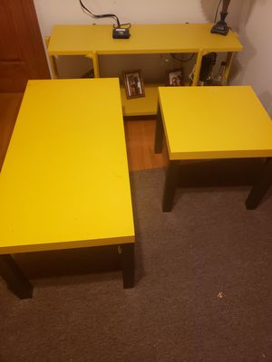02 coffee table and 01 console-table for Sale in Taunton, MA