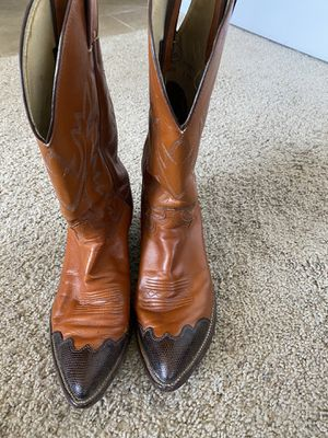 Justin Men's Cowboy boots 9 1/2 EE for Sale in Clovis, CA