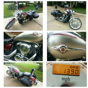2009 Kawasaki Vulcan Motorcycle 900CC (Cherry Red with Gold Finish) for Sale in Jacksonville, FL