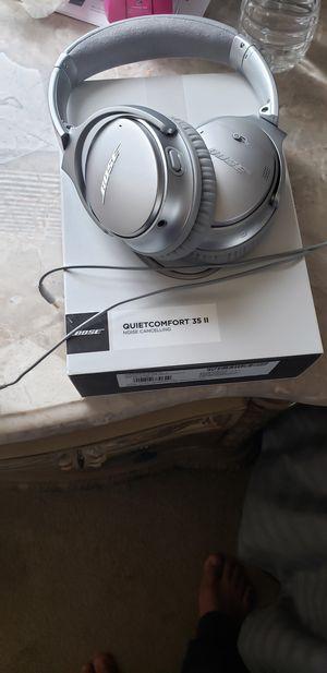 Bose quietcomfort 35 ll for Sale in Hyattsville, MD