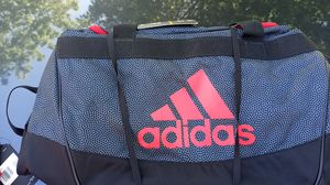 Adidas medium duffle bag. for Sale in Clackamas, OR