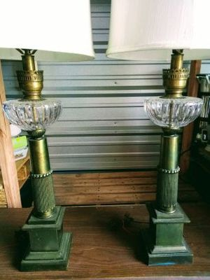 Vintage 1940s Stiefel brass and crystal lamp pair for Sale in Medford, OR