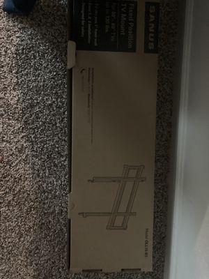 Sanus 40-80 inch tv mount for Sale in Lebanon, TN