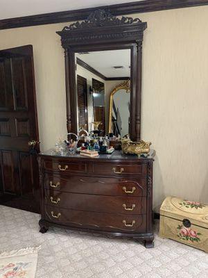 Dark Wood King Sized Bed Set for Sale in Fort Washington, MD