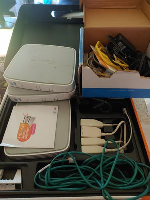 AT&T 2wire wireless routers with cables for Sale in Los Angeles, CA