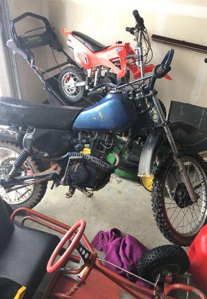 Dirt bike 1883 Honda 100cc for Sale in Aurora, CO