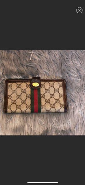 Gucci Wallet Women for Sale in Danbury, CT