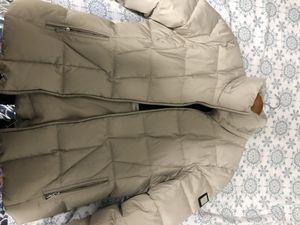 Calvin Klein puffer jacket for Sale in Anaheim, CA