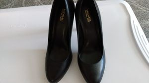 Michael Kors Black Leather Pumps for Sale in Fresno, CA