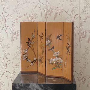 70s Vintage Asian decorative tabletop screen for Sale in Akron, OH