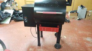 Traeger smoker for Sale in Hilmar, CA