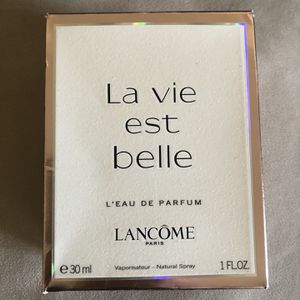 Lancôme La Vie Eat Belle Perfume for Sale in Valley Cottage, NY