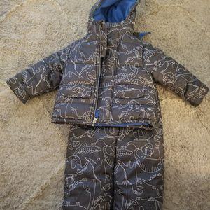 2t Carters Snow Bib And Jacket. Black, White and Blue Dinosaurs Design. for Sale in Buena Park, CA