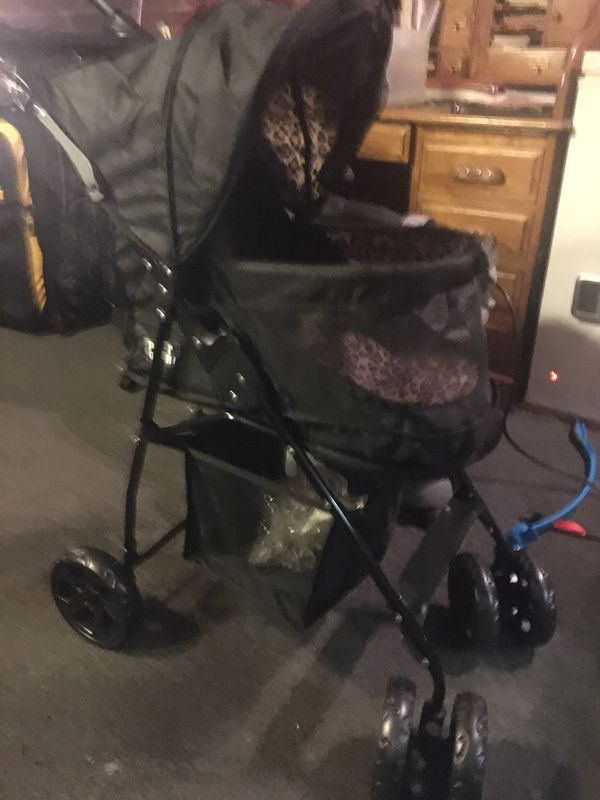 Pet gear dog stroller never used once black and leopard lining