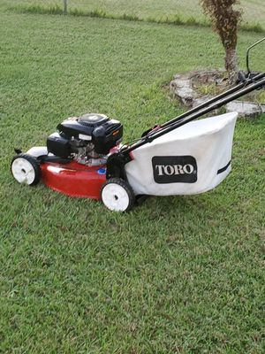 toro self propelled lawn mower for sale for Sale in Poinciana, FL