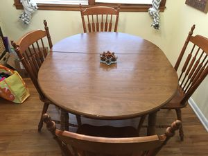Kitchen Table w 4 chairs for Sale in Plainfield, IN