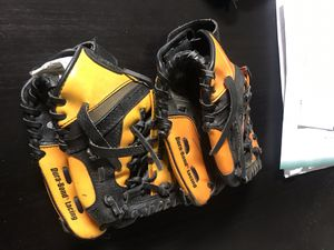 Boys baseball gloves Ages 3-9 for Sale in South Gate, CA