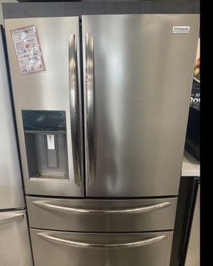 Frigidaire stainless steel French door ridge w/4th door #926 for Sale in South Farmingdale, NY