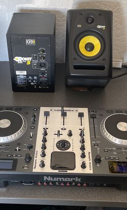 Numark Mixdeck With KRK 5 Speakers for Sale in Fort Myers,  FL