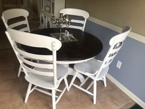 White dining set table chairs for Sale in Lexington, KY