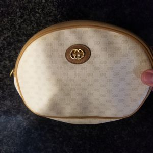 Vintage Gucci pouch wallet authentic from the 70s in really good condition for Sale in Lancaster, CA
