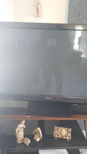 Panasonic Viera 50 inch TV for Sale in Farmington Hills, MI