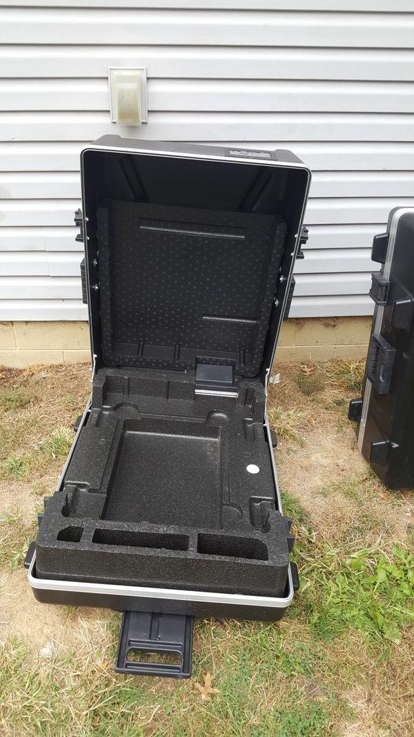 2 heavy duty storage cases